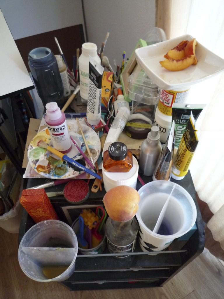 Messy material cart
